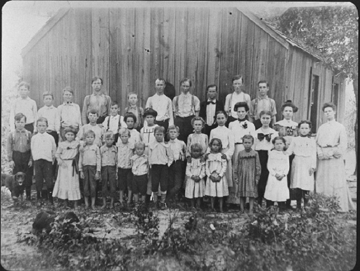1903 Boggy School